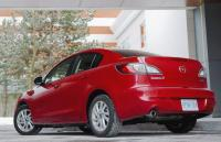 2013 MAZDA3 SKYACTIV: Plenty to zoom about