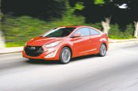 2013 HYUNDAI ELANTRA COUPE: Roll with a sharp-dressed ride