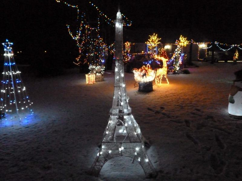 <p>It might not be to scale, but this Eiffel Tower replica is pretty spectacular.</p>