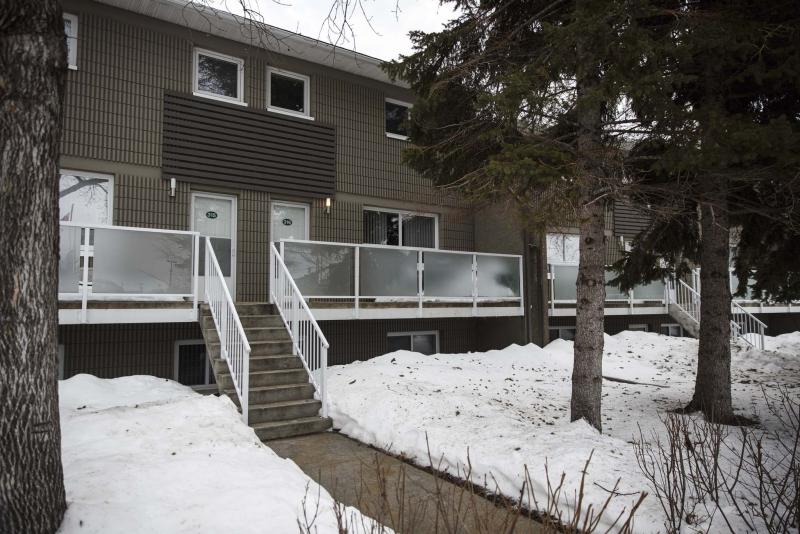 <p>MIKE DEAL / WINNIPEG FREE PRESS</p><p>Homes - resale condo</p><p>212 Greenway Crescent (unit 316) in Crestview.</p><p>170123 - Tuesday, January 24, 2017.</p>