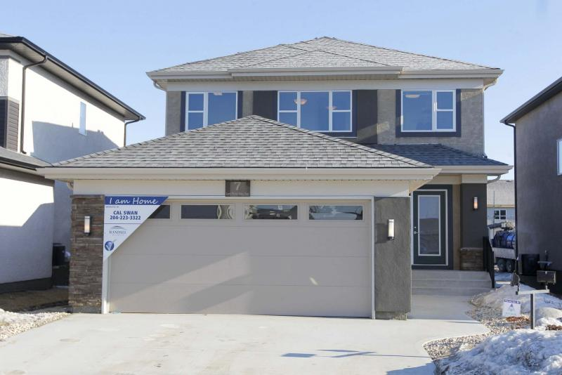<p>BORIS MINKEVICH / WINNIPEG FREE PRESS FILES</p><p>How do you keep a bedroom warm when it shares a wall or floor/ceiling with the garage? The most effective way is to keep the garage itself heated.</p>
