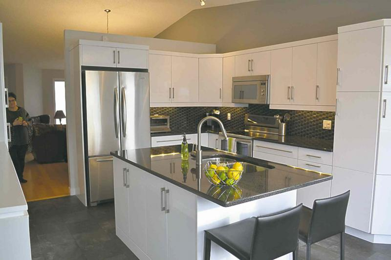 Renovations all the modern touches winnipeg free press for Kitchen cabinets reno