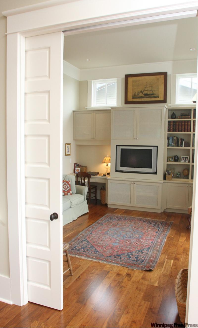 Mike holmes don 39 t close the door on idea of pocket doors for Pocket door ideas