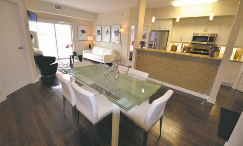 Ready to move in winnipeg free press homes for Open up galley kitchen to living room