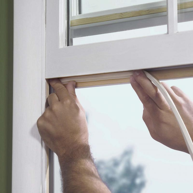 How to stay warm and save money winnipeg free press homes for Best windows for cold climates