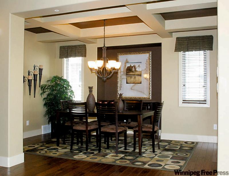 choose rug carefully for round table  winnipeg free press homes, Rug/