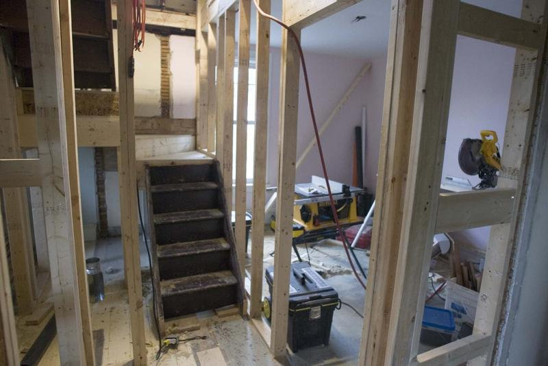 <p>Pat Mcgrath / Ottawa Citizen</p><p>Winnipeggers love their renovations, but cutting corners with permits can cost them more than its worth.</p>