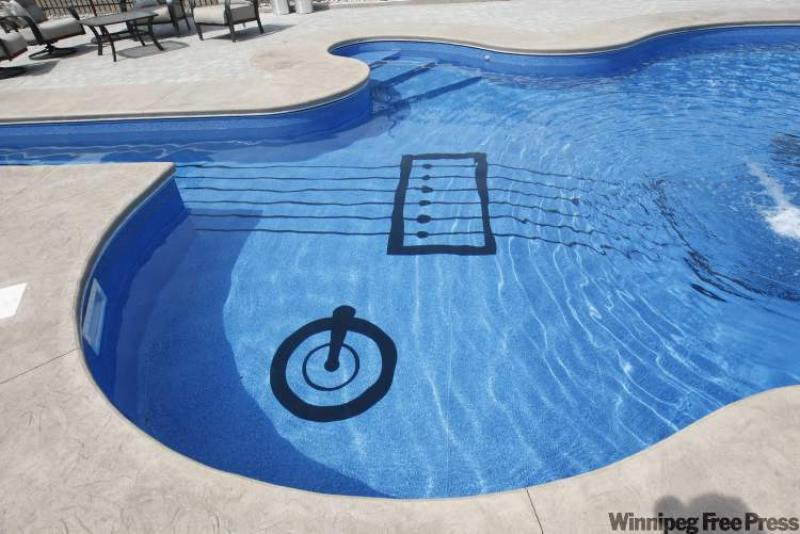 a les paul custom swimming pool winnipeg free press