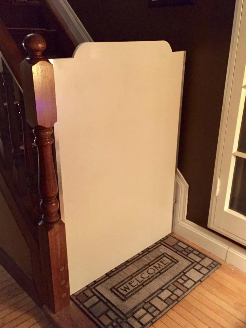 <p>Marc's custom removable gate v2.0, which slides in and out of aluminum U-channel set between banister and wall.</p></p>