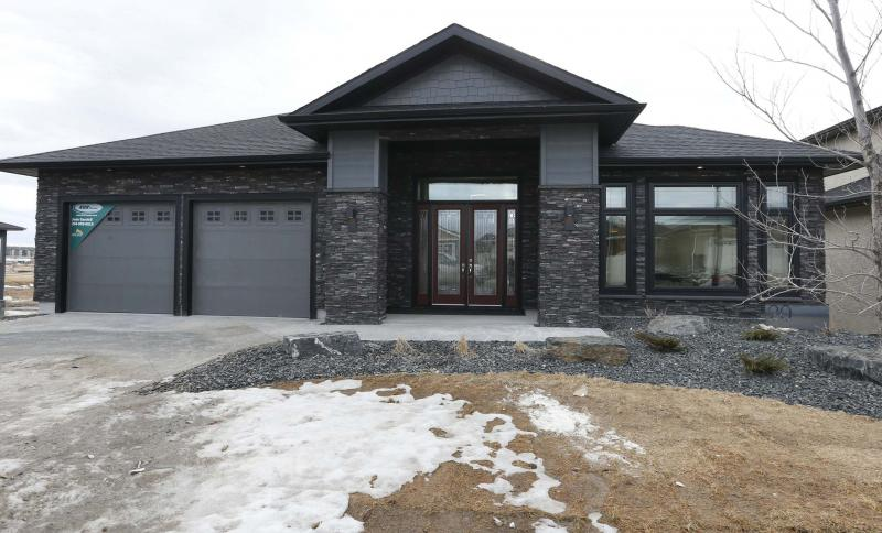 <p>The spacious, bright, sprawling bungalow at 20 Clear Spring Rd. delivers exquisite style and function. Including the fully finished walk-out basement, the home comes to more than 4,900 square feet of living space.</p>