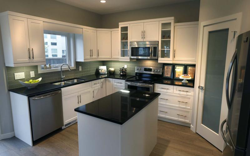 <p>WAYNE GLOWACKI / WINNIPEG FREE PRESS</p></p><p>Although the Fall Parade of Homes is over, you can still check out the amazing show homes, including 50 Wainwright Cres. in River Park South. </p>
