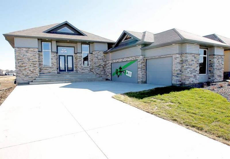 No cookie cutter here winnipeg free press homes for Cookie cutter house plans