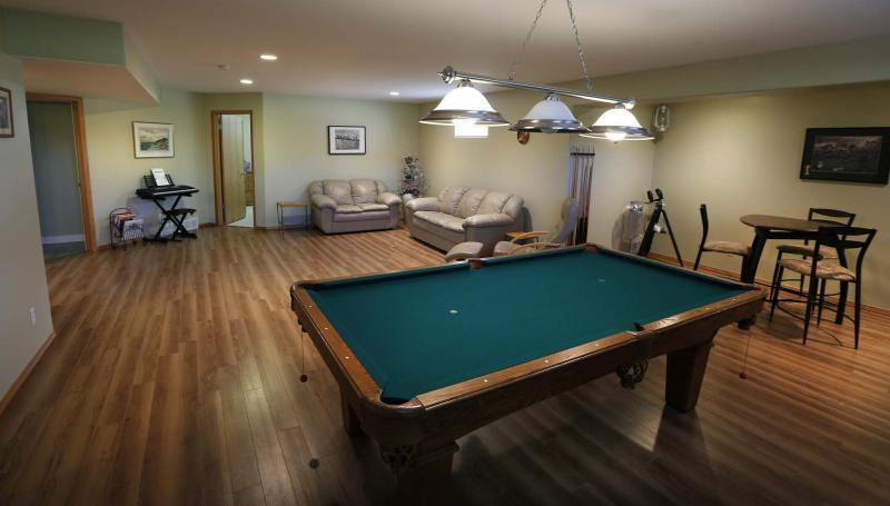 <p>WAYNE GLOWACKI / WINNIPEG FREE PRESS</p><p>The massive finished basement is perfect for an active family. </p>