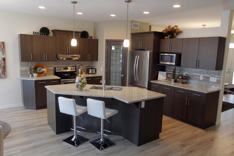 Superior style without sacrifice winnipeg free press homes for Kitchen designs by decor winnipeg