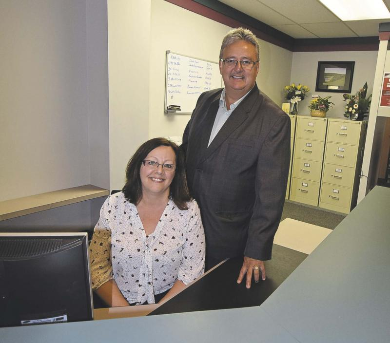 <p>Todd Lewys / Winnipeg Free Press</p><p>Tessie and Tony Martone aim to bring a higher level of professionalism to the real estate industry.</p>