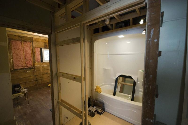 <p>DAVID LIPNOWSKI / WINNIPEG FREE PRESS files</p><p>In summer, the basement can be the coolest place in the house, so you won't mind taking a break from the sun and putting in a second bathroom.</p>