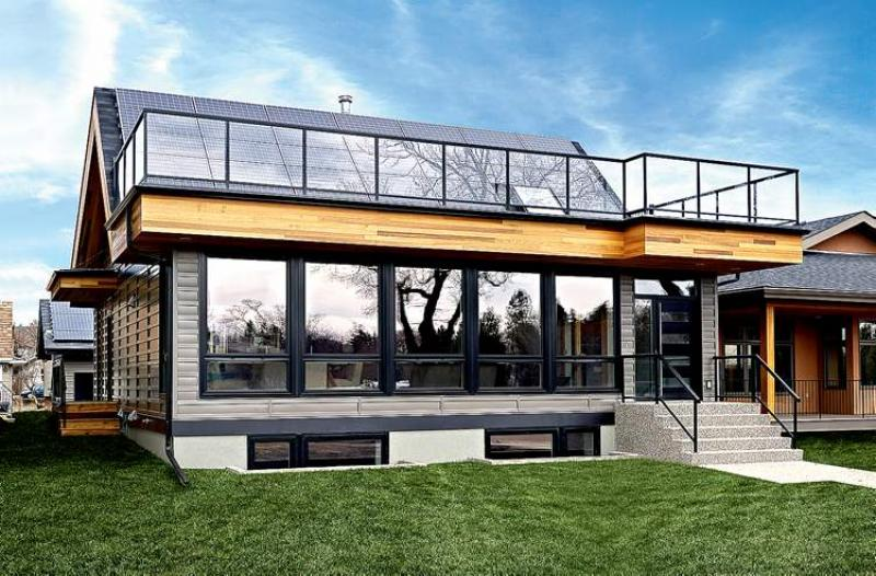 Mike holmes net zero house a big plus in the long term for Net zero home design