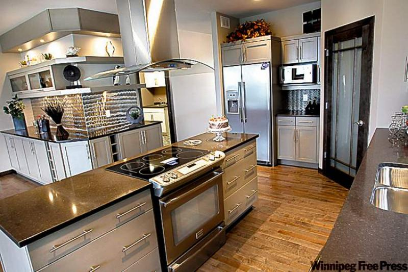 Simple by design winnipeg free press homes for Kitchen designs by decor winnipeg