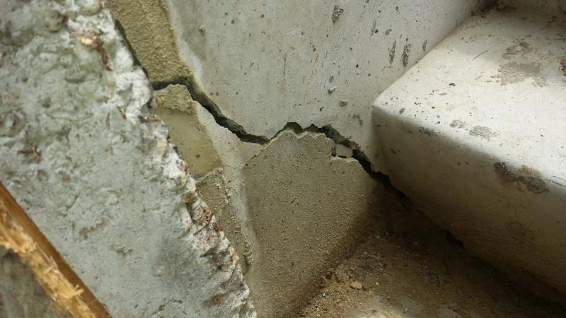 <p>Fotolio</p><p>While repairs from the inside of the house may be easier and thus more tempting, it's always a better idea in the long term to conduct foundation repairs from the outside.</p>