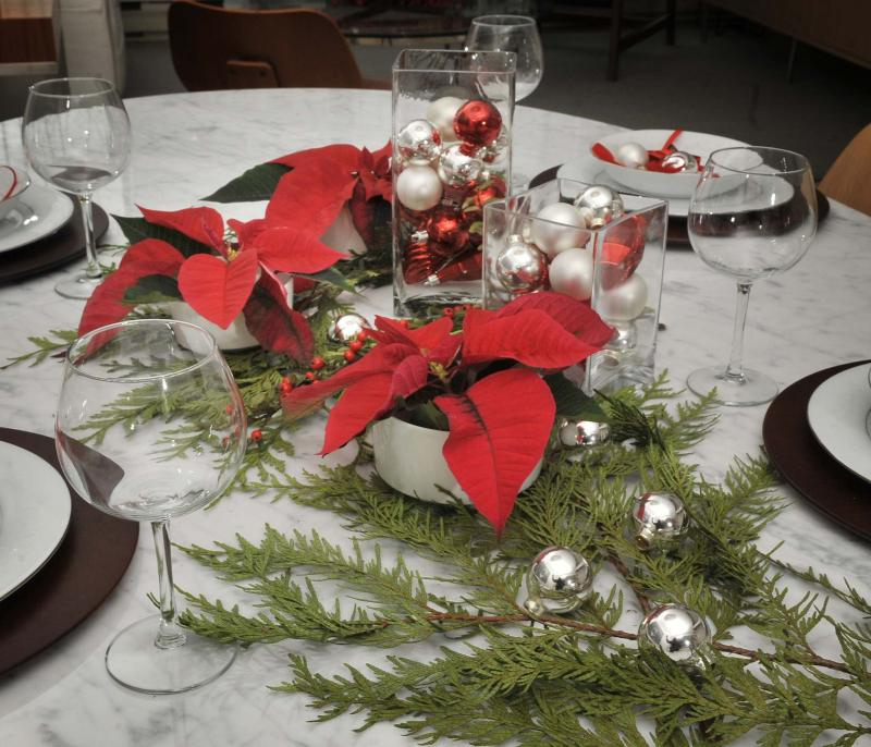 <p>Ian Lindsay / Vancouver Sun files</p><p>A lot of the magic of the holidays happens around the dinner table.</p></p>