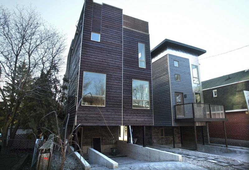<p>Bruno Schlumberger / Postmedia Network Inc. </p><p>Renovations and new home builds always involve demolition, deliveries, increased noise and traffic, all of which can add up to a lot of stress to people living on the street. </p>