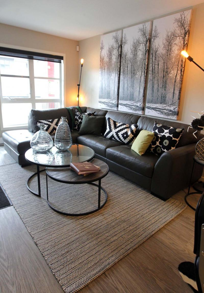 <p>BORIS MINKEVICH / WINNIPEG FREE PRESS</p><p>Metro Condominiums at 670 Hugo St. have a variety of models that boast many sizes and price ranges — but all suites feature the same bright, navigable interiors, with lovely flow from room to room.</p>