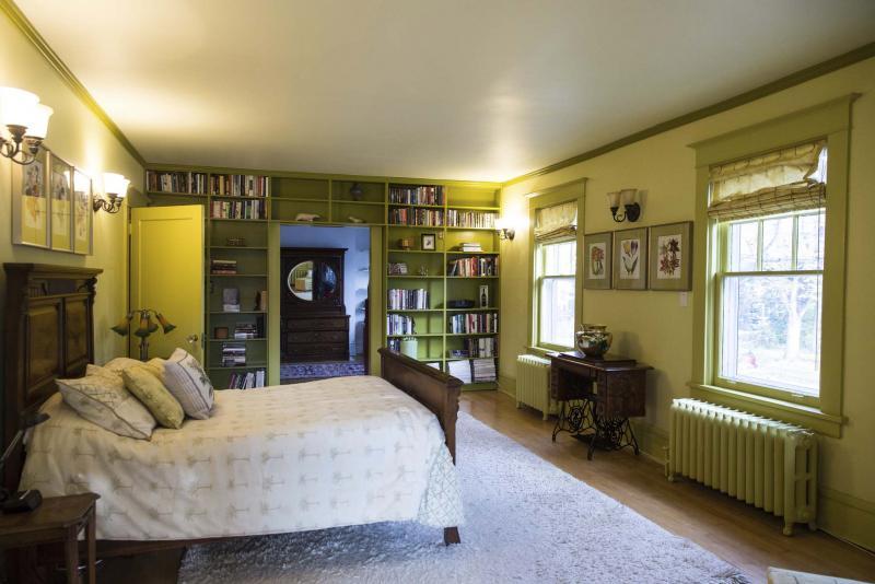 A Warm Mature Beauty Winnipeg Free Press Homes