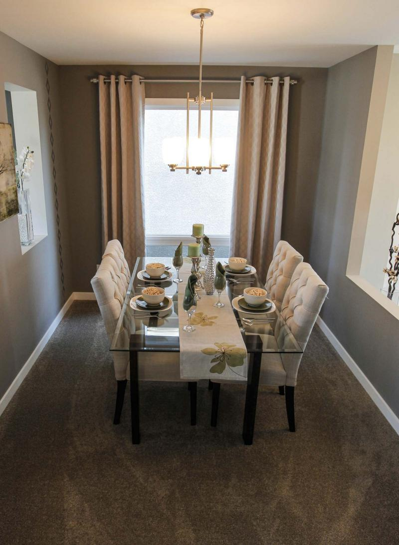 <p>BORIS MINKEVICH / WINNIPEG FREE PRESS files</p><p>Formal dining rooms are increasingly important to homebuyers, according to a new Canadian Home Builders' Association study.</p></p>