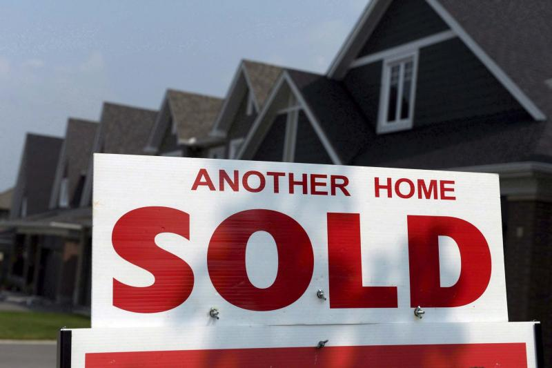 <p>SEAN KILPATRICK / CANADIAN PRESS FILES</p><p>Some analysts expect housing starts in Winnipeg will start to cool considerably by the end of 2017 and into 2018.</p></p>