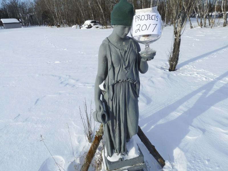 <p>Laurie Mustard / Winnipeg Free Press</p><p>This goddess statue needs some work — just another project on an ever-expanding list!</p>