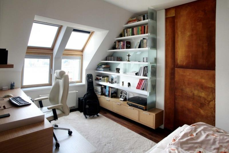 <p>Tribune Media</p></p><p>When it comes to outfitting your small home office, function and efficiency are key.</p>