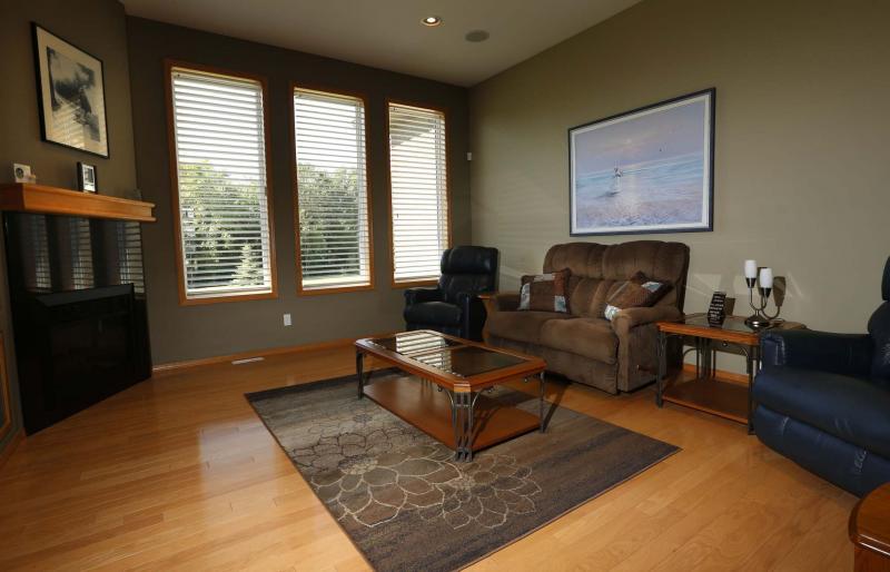 Pristine living winnipeg free press homes for Pristine garden rooms