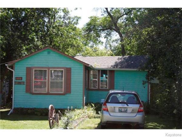 home photo - 320 PLEIADES Avenue