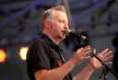 Billy Bragg ...