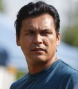 Adam Beach in ...