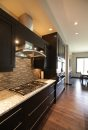 Resale home in ...