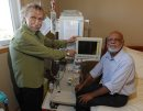 Govt launching a program to reimburse water and electricity costs for patients undergoing home hemodialysis treatment. Right, Mukhtiar Singh gets hemodialysis at home. Left is Mendel Schnitzer, who also get s this machine at home. Photo taken in Singh's home. BORIS MINKEVICH / WINNIPEG FREE PRESS PHOTO August 20, 2015