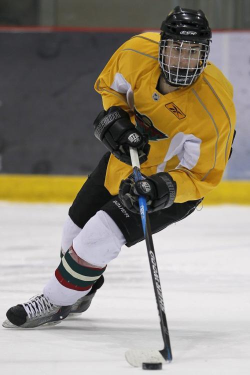 Winnipeg Wild Danys Chartrand (21) at practice in Winnipeg on Sunday, March 25, 2012. (John Woods / Winnipeg Free Press)