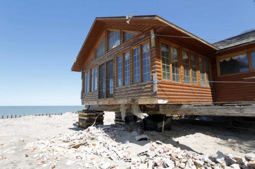 Twin Lakes Beach, Lake Manitoba flood damage. May 30,  2012  BORIS MINKEVICH / WINNIPEG FREE PRESS