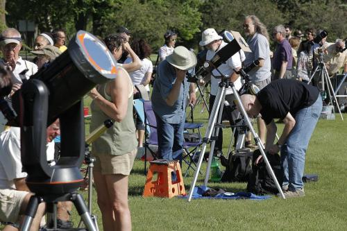 June 5, 2012 - 120605  -  Star gazers watch Venus cross against the sun at Assiniboine Park Tuesday June 5, 2012. The next time this will happen is in the next century. John Woods / Winnipeg Free Press