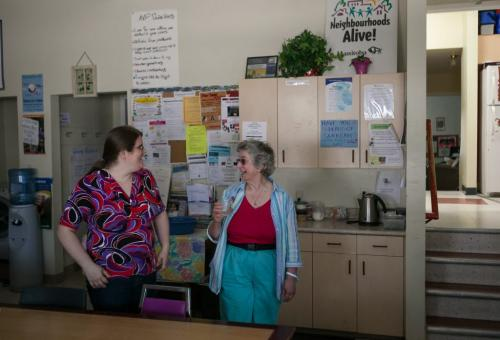 Christie Paul, neighbourhood resource coordinator, laughs with Elaine Bishop in the drop-in area of the North Point Douglas Women's Centre.   (Story by Randy Turner) Melissa Tait / Winnipeg Free Press