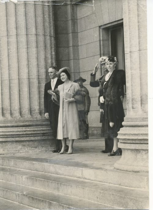 Winnipeg Free Press Archives Royal Visit 1939  (15) May 25, 1939 Following the reception at the Legislature building, their Majesties King George VI and Queen Elizabeth were snapped by Free Press photographer as they left in company  vith Premier John Bracken and Mrs. Bracken, early Wednesday afternoon. fparchive