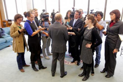 Mayor Sam Katz faces the press at city hall. September 27, 2012  BORIS MINKEVICH / WINNIPEG FREE PRESS
