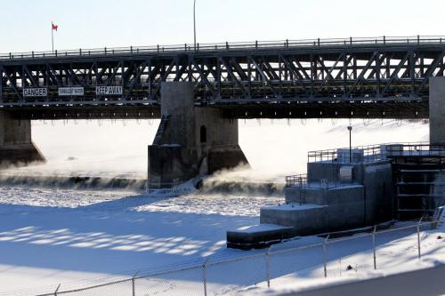 The driver of a truck is alive after he drove his truck into open water at Lockport locks early Tuesday morning.  Truck was driven to open water on the far right side of frame. Dec 11, 2012, Ruth Bonneville  (Ruth Bonneville /  Winnipeg Free Press)