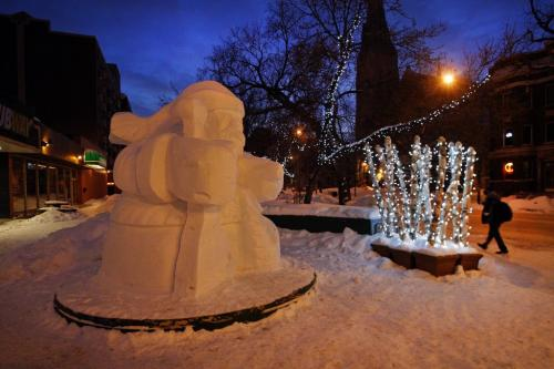 Stdup -snow sculptures are popping up all over the city in preparation  for Festival du Voyageur Feb 15- 24 winter festival – in pic classic Voyageur at River Ave at Osborne ST . KEN GIGLIOTTI / FEB 8 2013 / WINNIPEG FREE PRESS