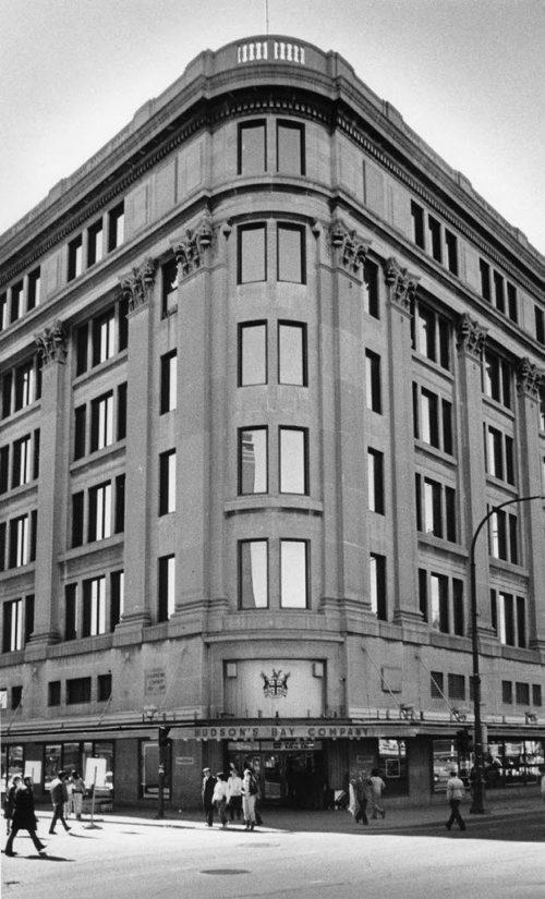 The Hudson's Bay Company's downtown store October 1, 1985 Glenn Olsen / Winnipeg Free Press Archives