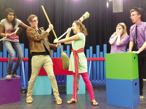 Canstar Community News Kildonan-East students Shifa Mohideen, Joey MacDonald, Karly McMillan, Kate Bennet, and Darcy Gosek are shown in a scene from Winnipeg is Beautiful, which will be shown at Kids Fringe from July 18 to 28. (DAN FALLOON/CANSTAR COMMUNITY NEWS)