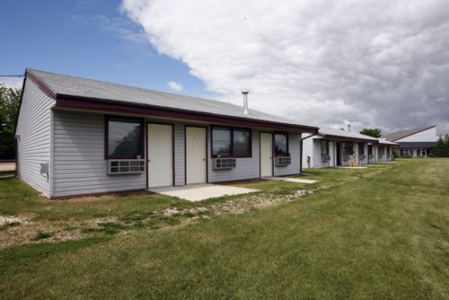 Misty Lake cottages that housed flood evacuees -Misty Lake Lodge is home to many aboriginal flood evacuee from the Lake Manitoba Flood , the  lodge  has not been paid for accommodating evacuees – Randy Turner story-  KEN GIGLIOTTI / JULY 22 2013 / WINNIPEG FREE PRESS