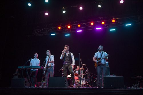 130921 Winnipeg - DAVID LIPNOWSKI / WINNIPEG FREE PRESS (September 21, 2013)  The Treble performs at the Concert for Peace, recognizing the International Day of Peace, Saturday night at the Burton Cummings Theatre.