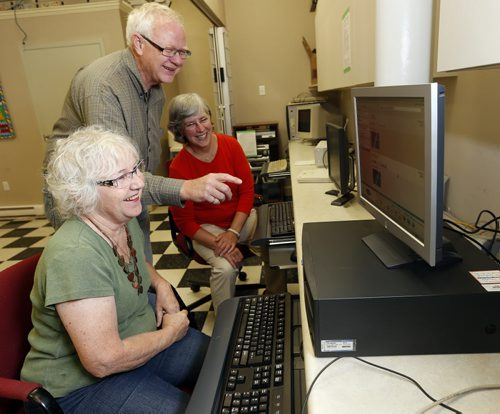 Faith Page – Microsoft extends software donation to churches – in pic Harrow United members LtoR Shirley May , Chuck Hasselfield and Minister Teresa Moysey  in the churches computer labs , they would consider upgrades to their  computer lab . KEN GIGLIOTTI / SEPT 30 2013 / WINNIPEG FREE PRESS